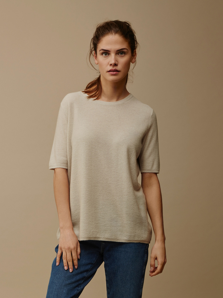 Soft Goat Women's Fine Knit T-Shirt Beige