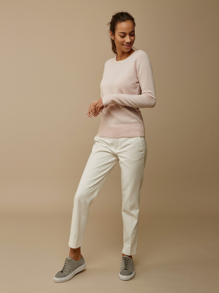 Thumbnail Women's Fitted O-neck