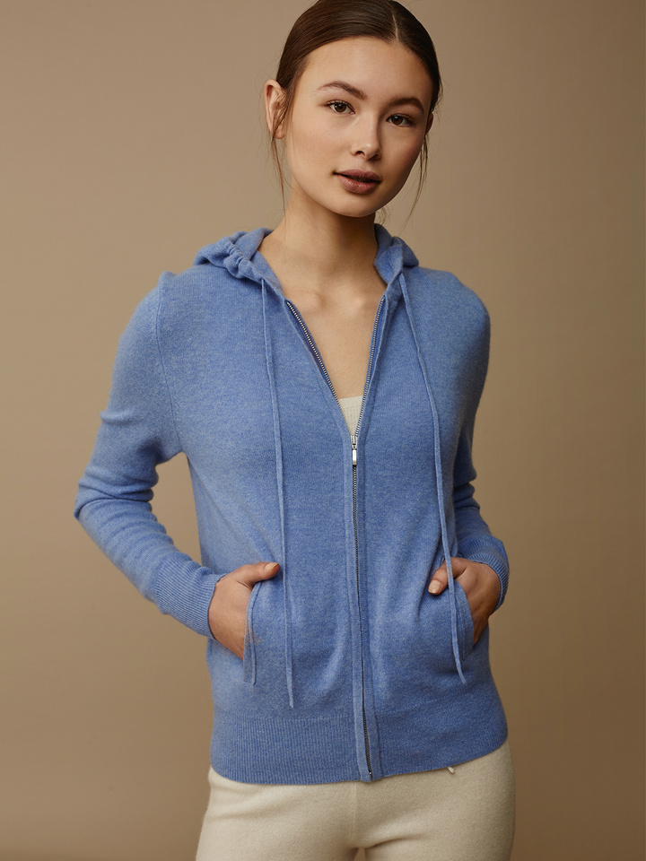 "<span class=""js-statics"" title=""Missing static search site_product_thumbnail"">site_product_thumbnail</span> Women's Hoodie"