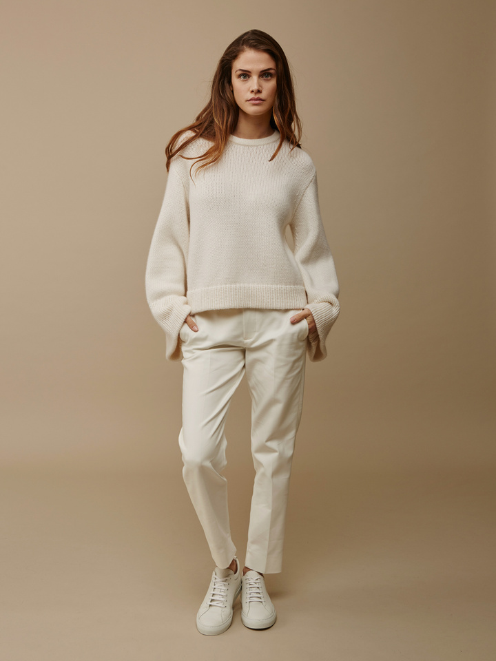 "<span class=""js-statics"" title=""Missing static search site_product_thumbnail"">site_product_thumbnail</span> Women's Jumbo Sleeve Sweater"