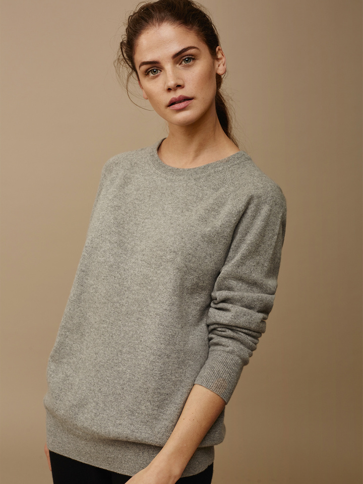Soft Goat Women's Loose Fit Sweater Grey