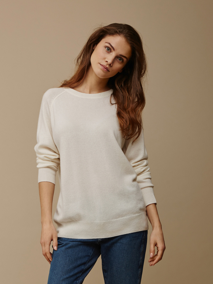 Soft Goat Women's Loose Fit Sweater Off White