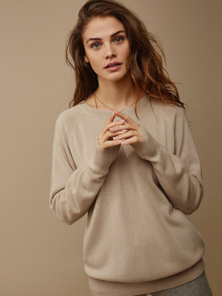 """<span class=""""js-statics"""" title=""""Missing static search site_product_thumbnail"""">site_product_thumbnail</span> Women's Loose Fit Sweater"""