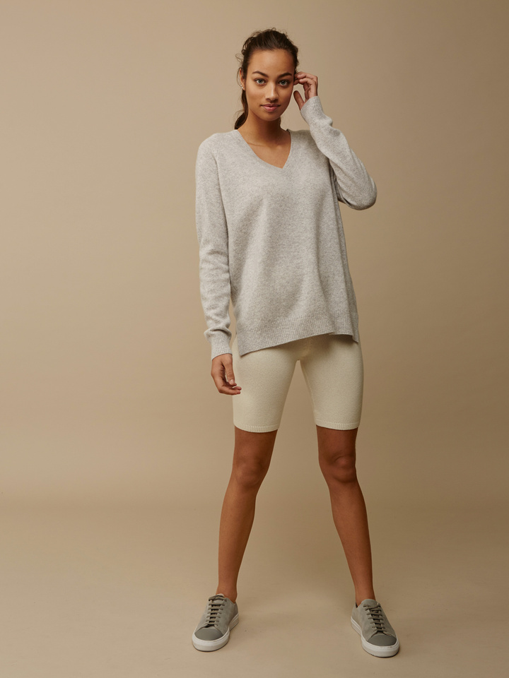 Thumbnail Women's Oversize V-neck