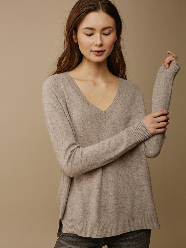 Soft Goat Women's Oversize V-Neck Light Taupe