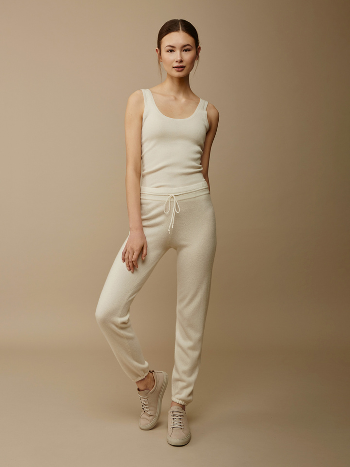 Thumbnail Women's Pants