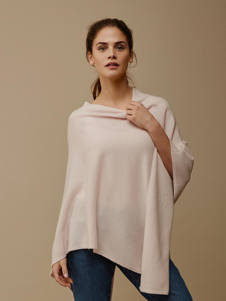 Soft Goat Women's Plain Poncho Powder Pink