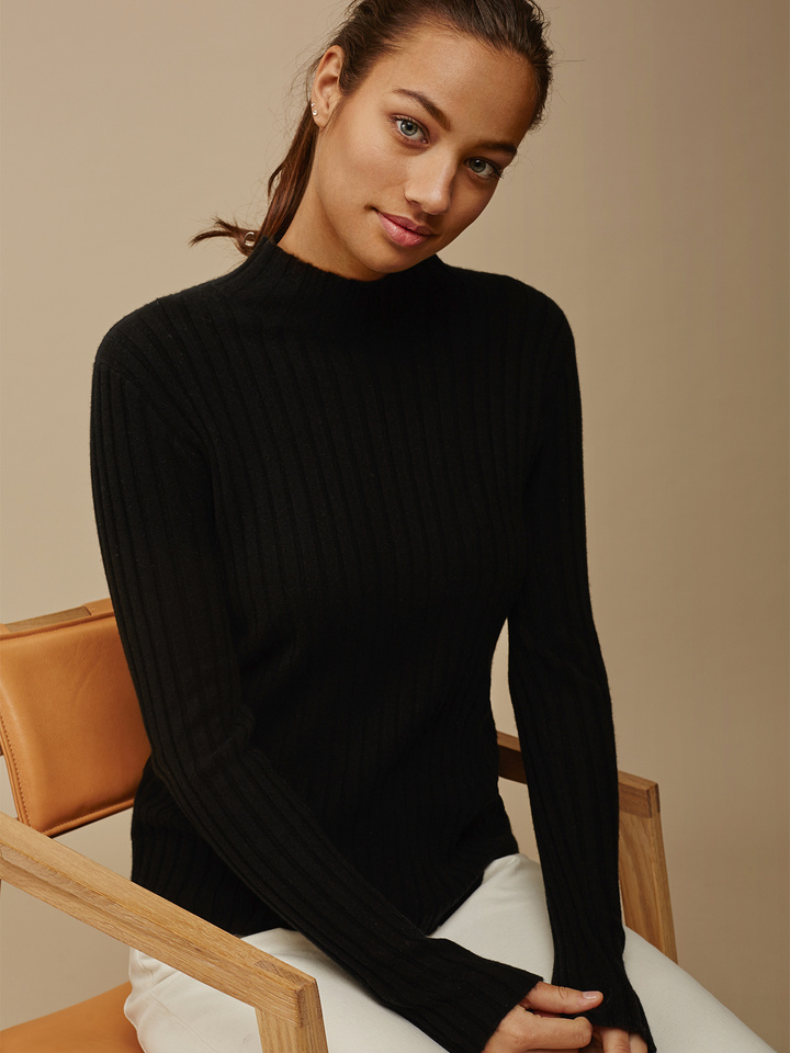 Thumbnail Women's Ribbed Half Turtle Neck