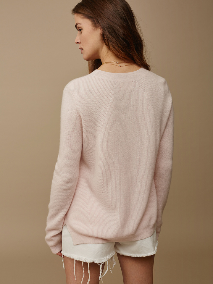 """<span class=""""js-statics"""" title=""""Missing static search site_product_thumbnail"""">site_product_thumbnail</span> Women's Ribbed Sweater"""
