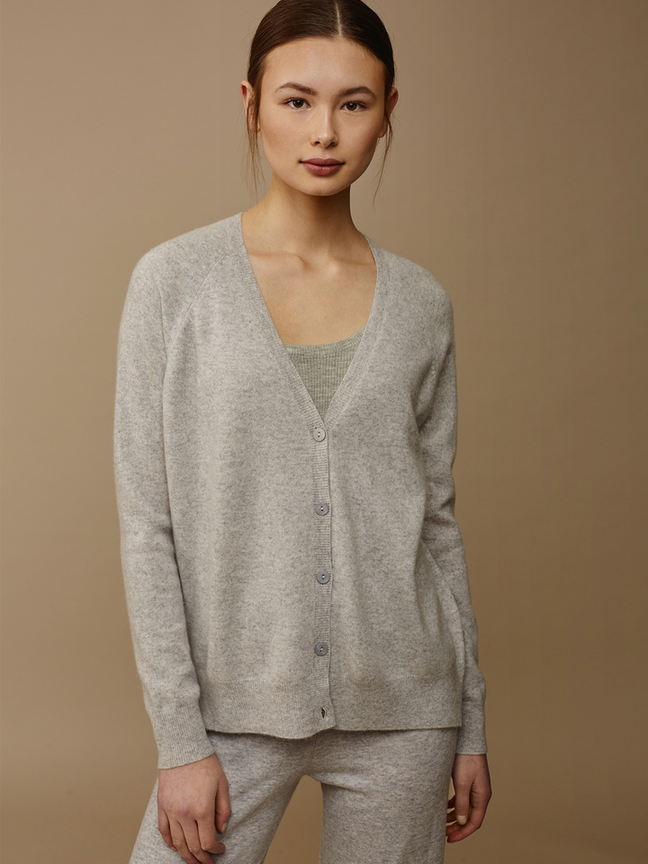 Thumbnail Women's V-neck Cardigan