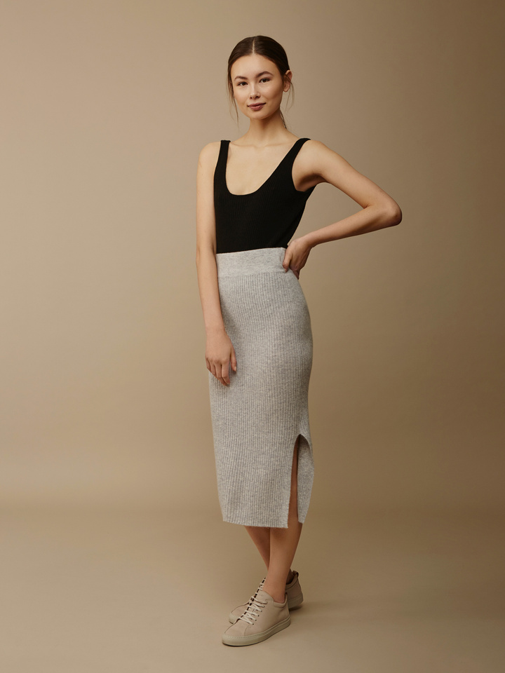 "<span class=""js-statics"" title=""Missing static search site_product_thumbnail"">site_product_thumbnail</span> Midi Skirt"