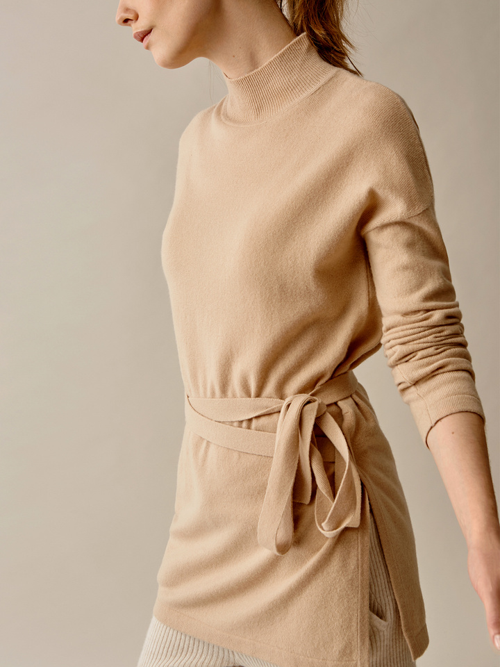 Thumbnail Belted High Neck