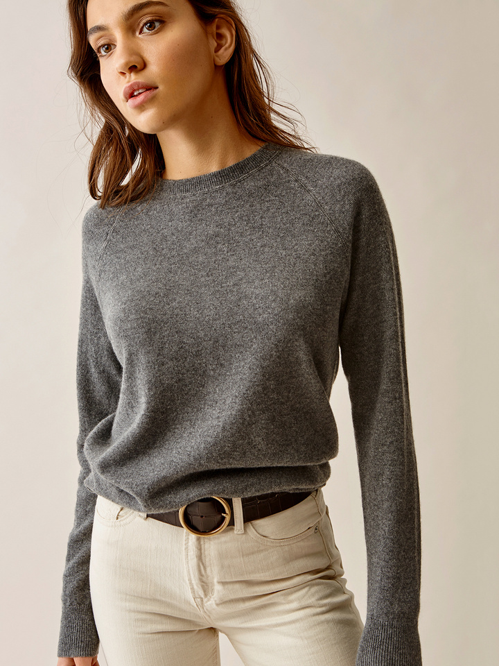 Thumbnail Loose Fit O-neck
