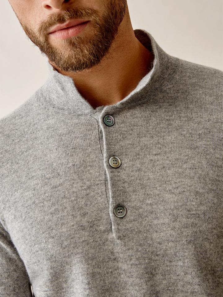 Thumbnail Men's Button Collar