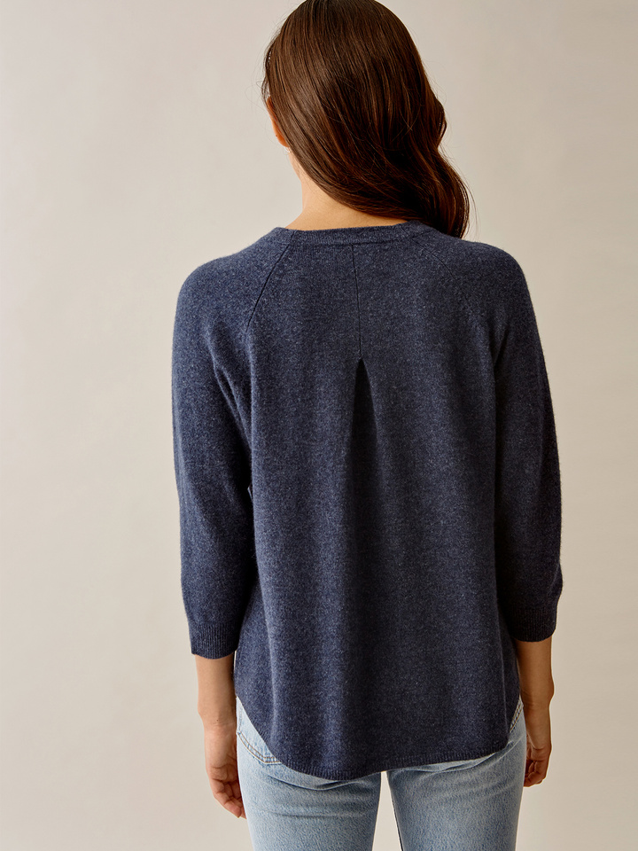 Thumbnail Rounded O-neck