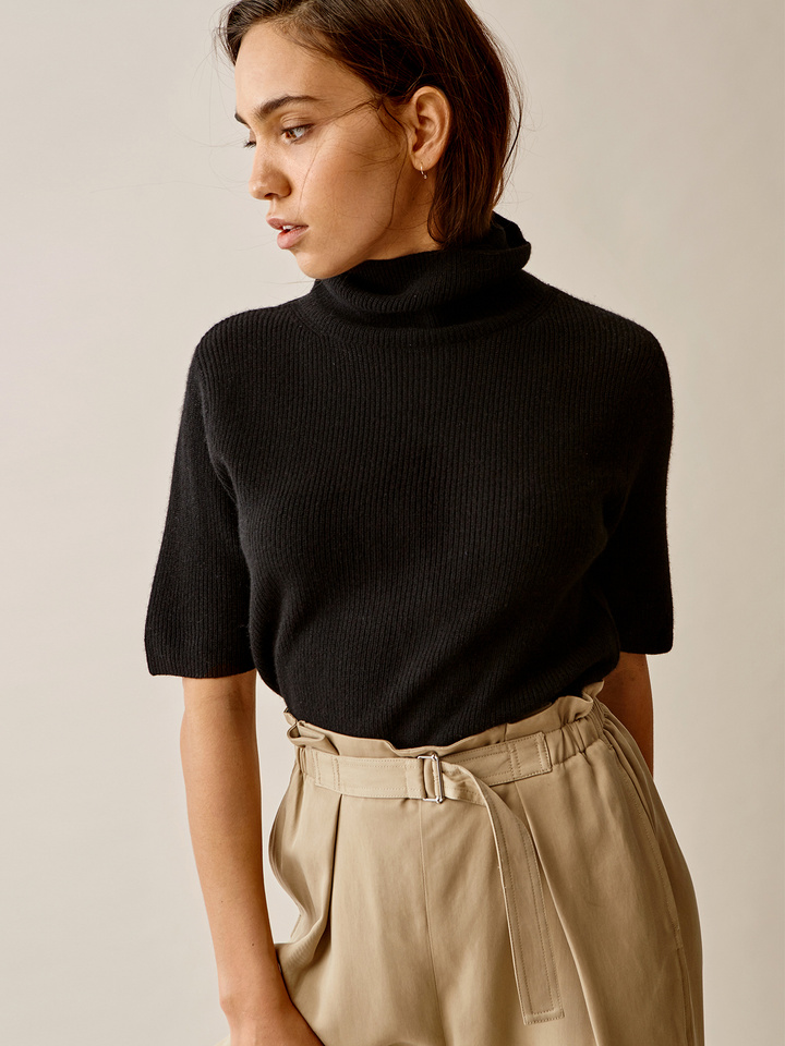 Thumbnail Short Sleeve Turtle Neck