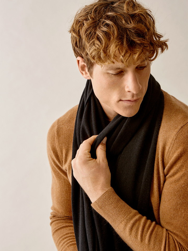 Thumbnail Men's Plain Knitted Scarf