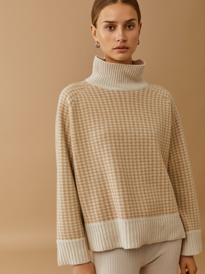 Thumbnail Houndstooth Turtle Neck