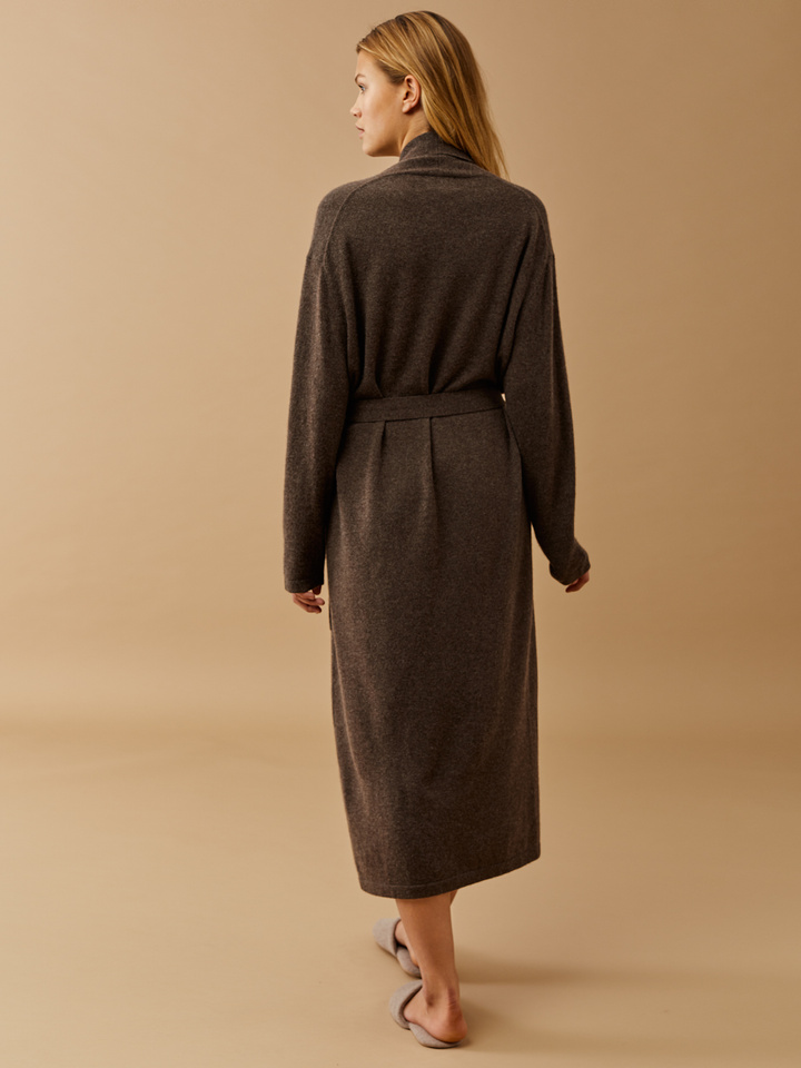 Thumbnail Long Robe