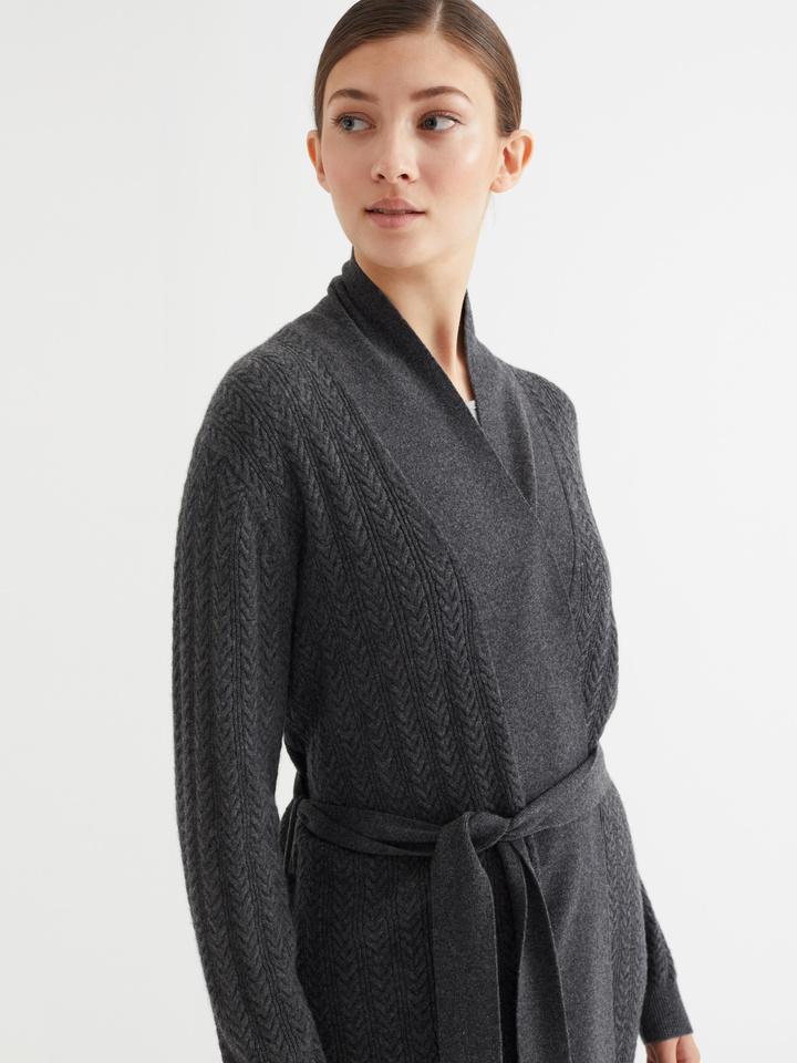 Thumbnail Pattern Robe