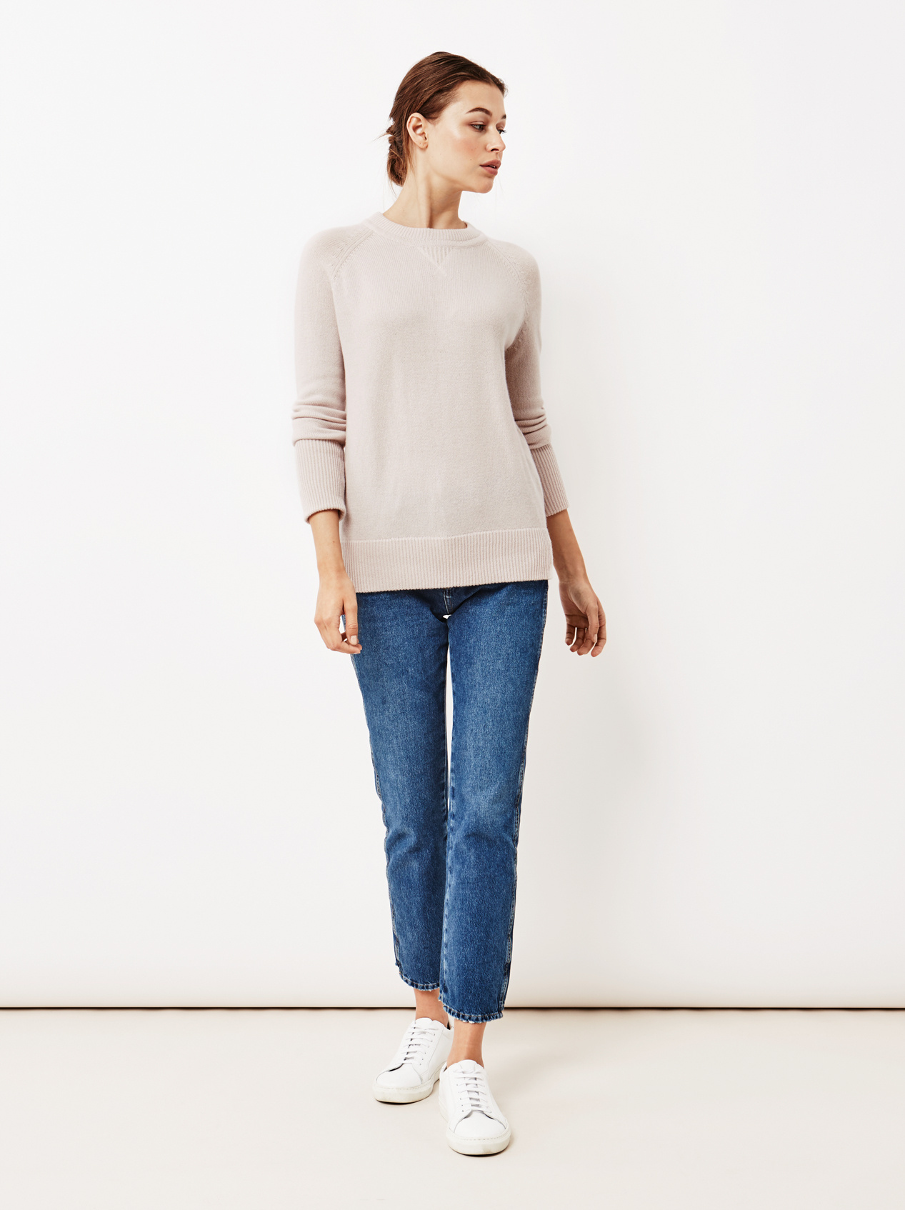 Soft Goat Women's College Sweater Marshmallow