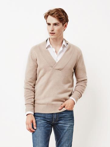 Product thumbnail of Men's Chunky V-neck Sweater