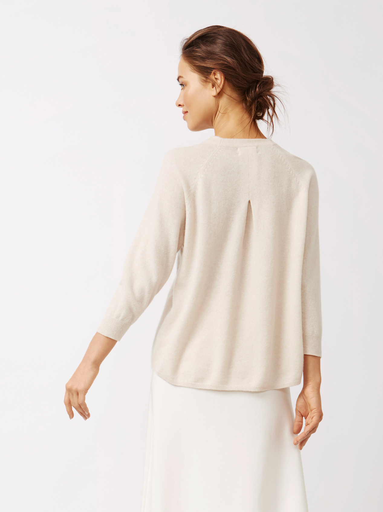 Soft Goat Women's Rounded Sweater Beige
