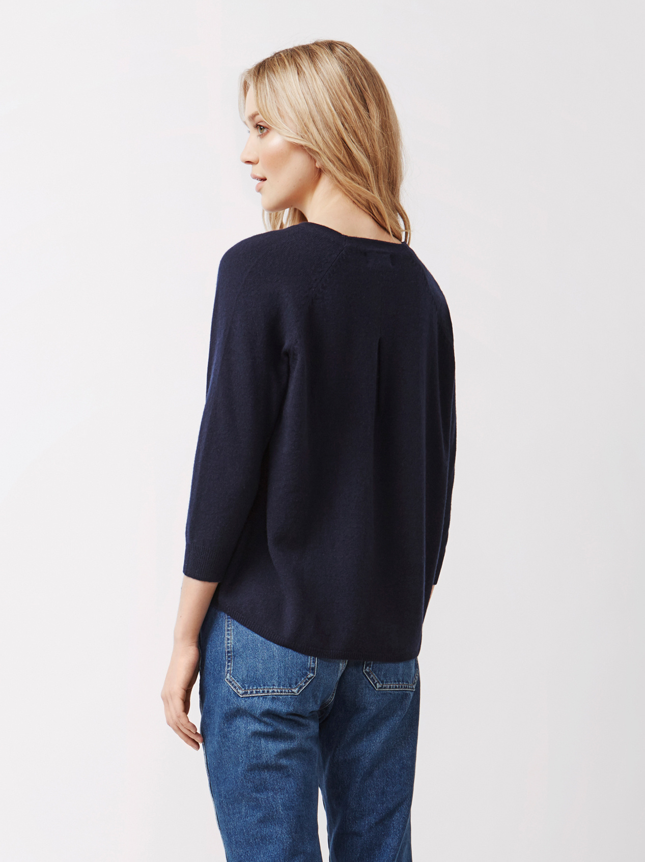 Soft Goat Women's Rounded Sweater Navy