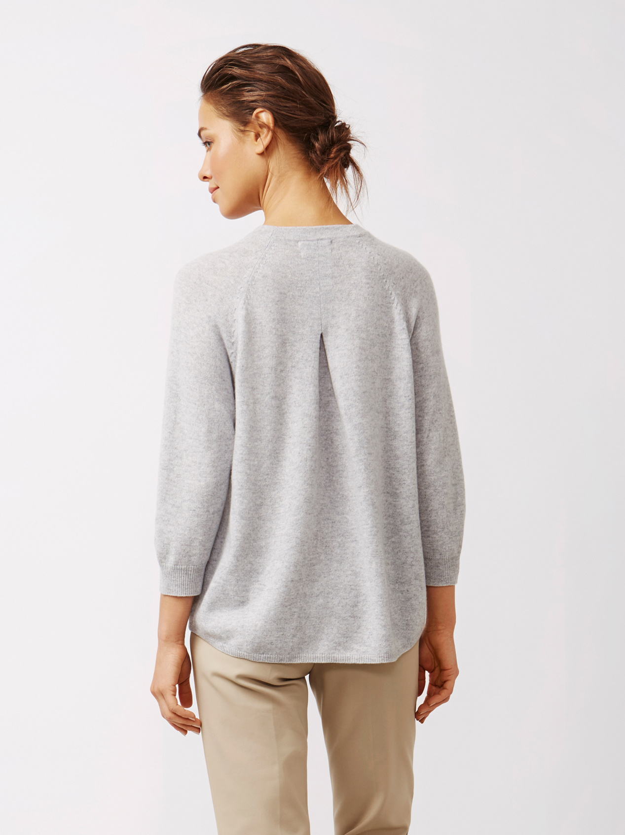 Soft Goat Women's Rounded Sweater Light Grey