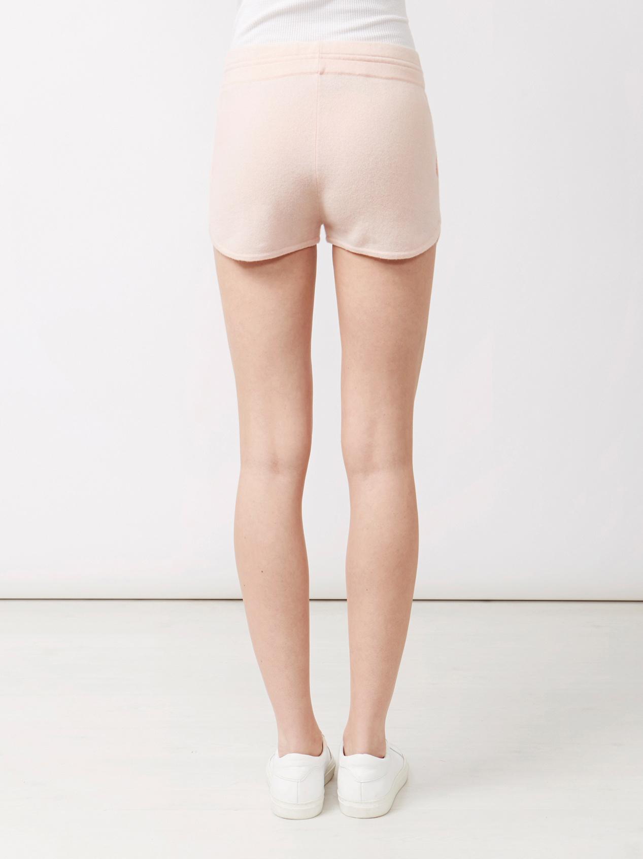 Soft Goat Women's Shorts Powder