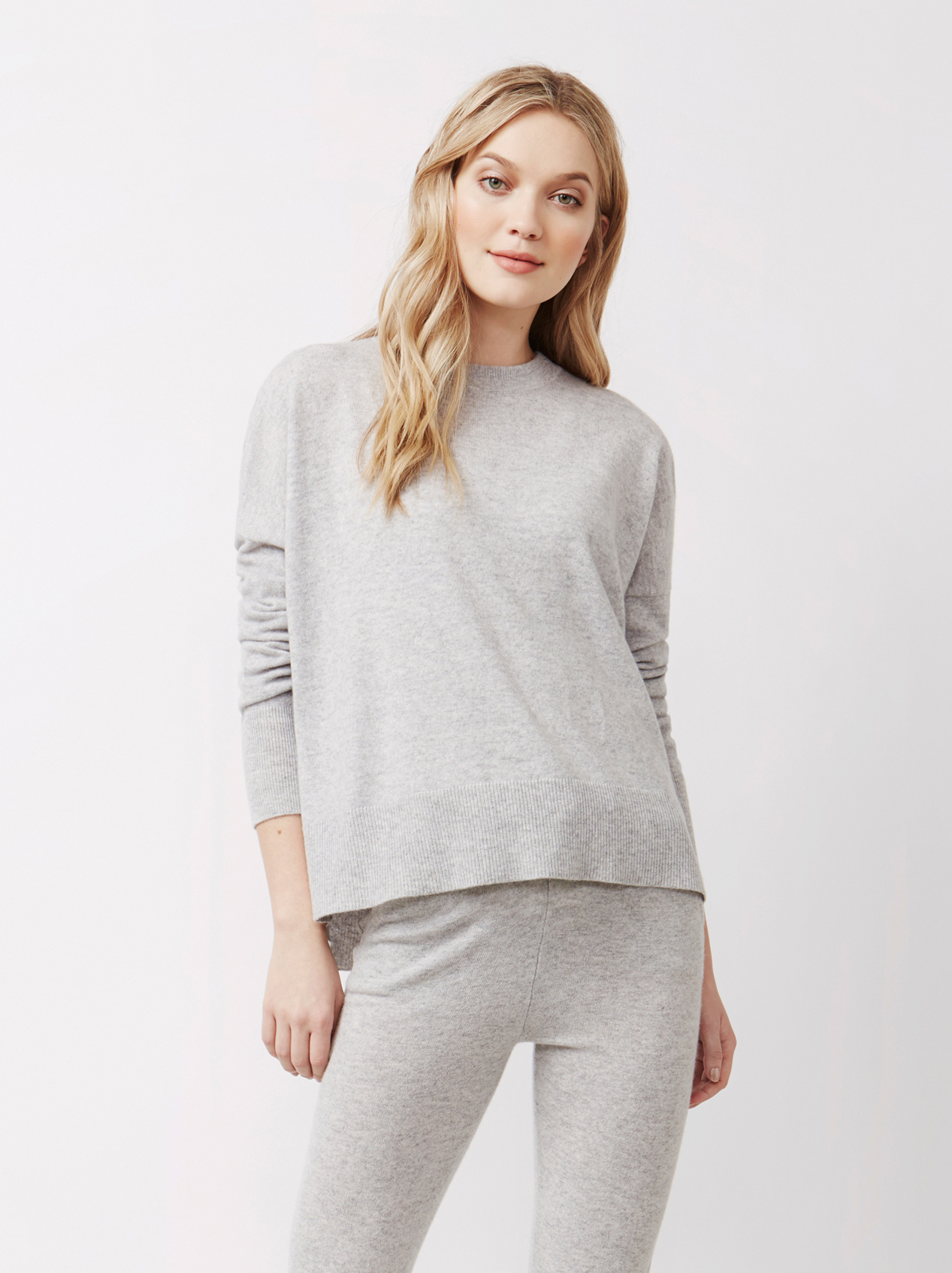 Soft Goat Women's Boyfriend Sweater Light Grey