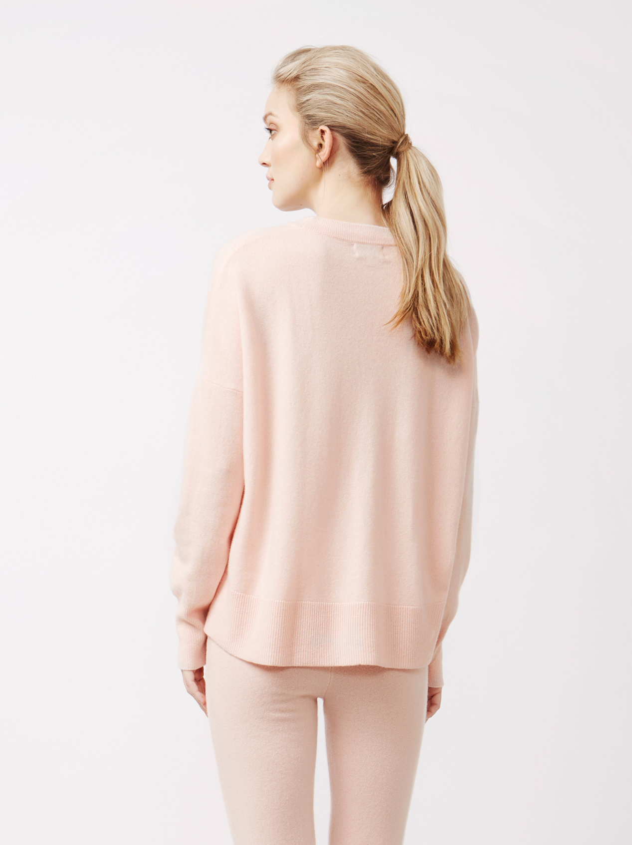 Soft Goat Women's Boyfriend Sweater Powder