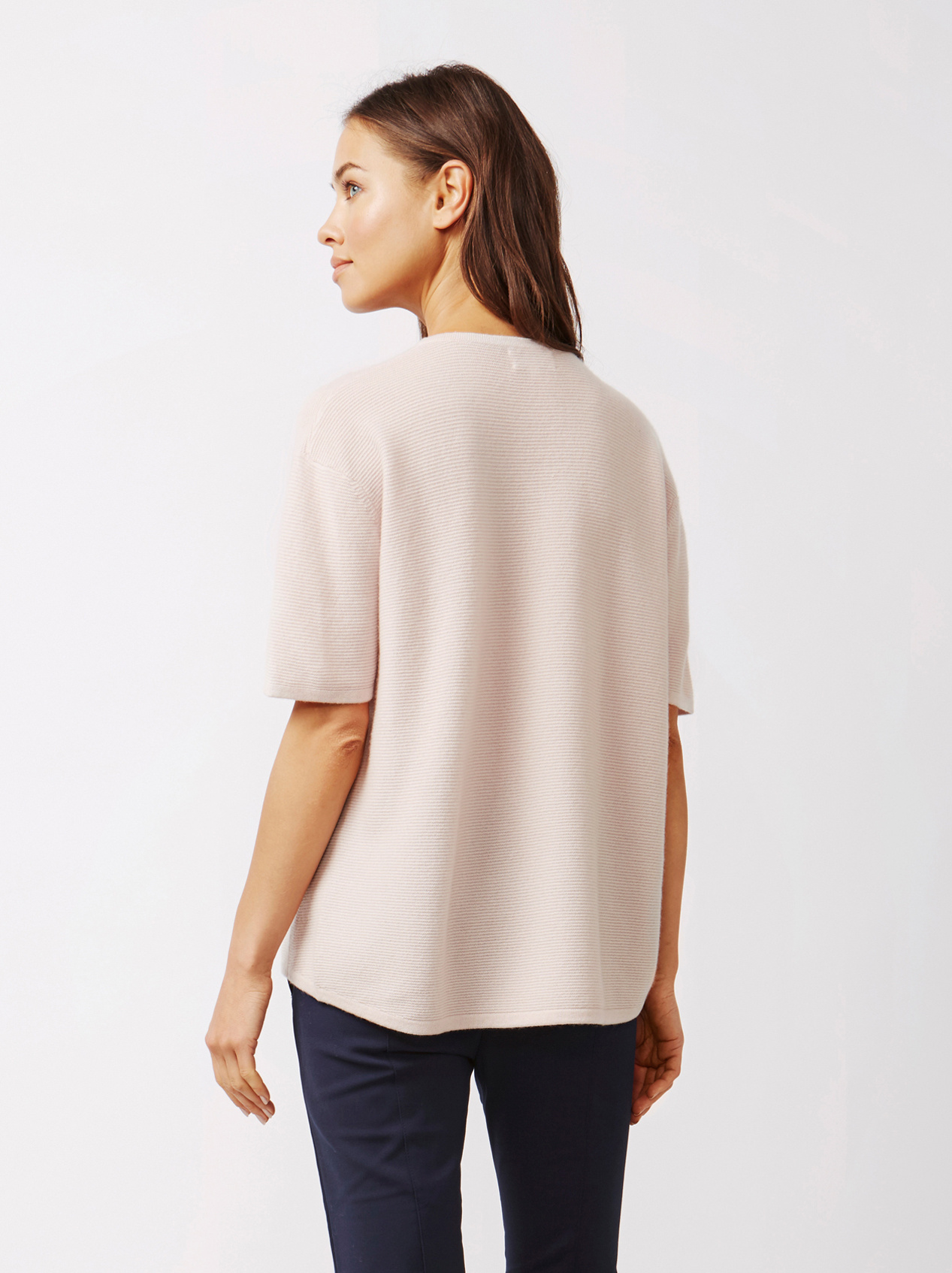 Soft Goat Women's Curved T-Shirt Marshmallow