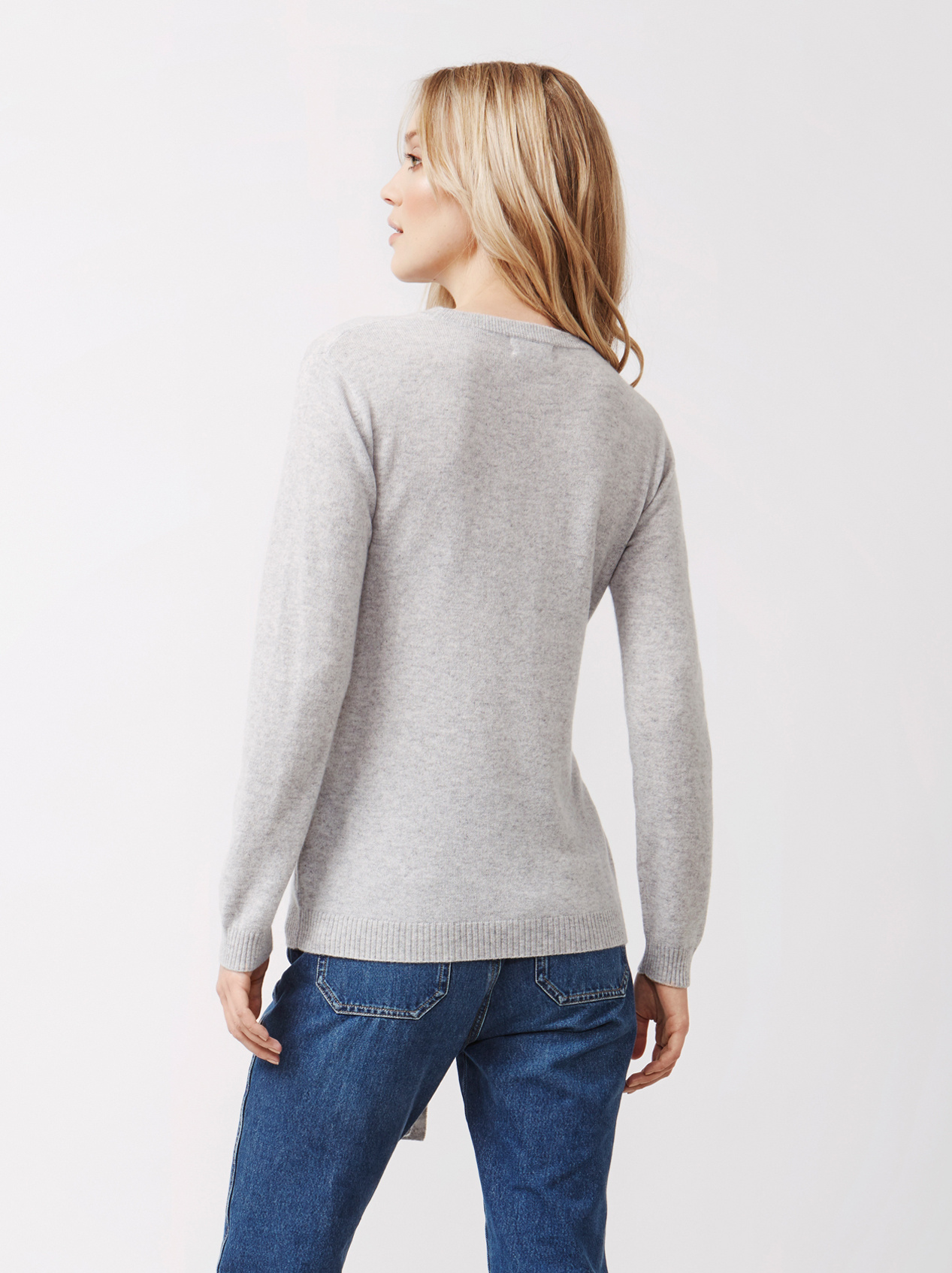 Soft Goat Women's Knot Sweater Light Grey