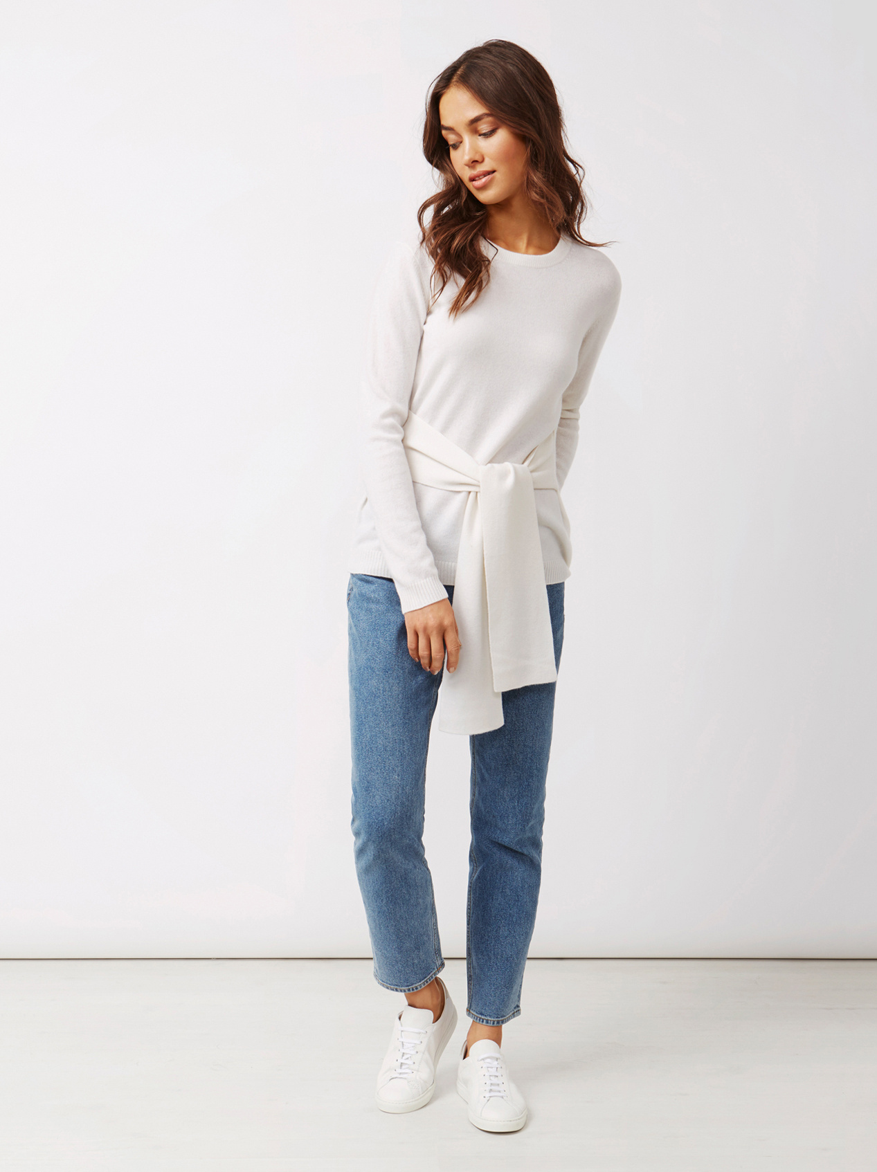 Soft Goat Women's Knot Sweater Off White