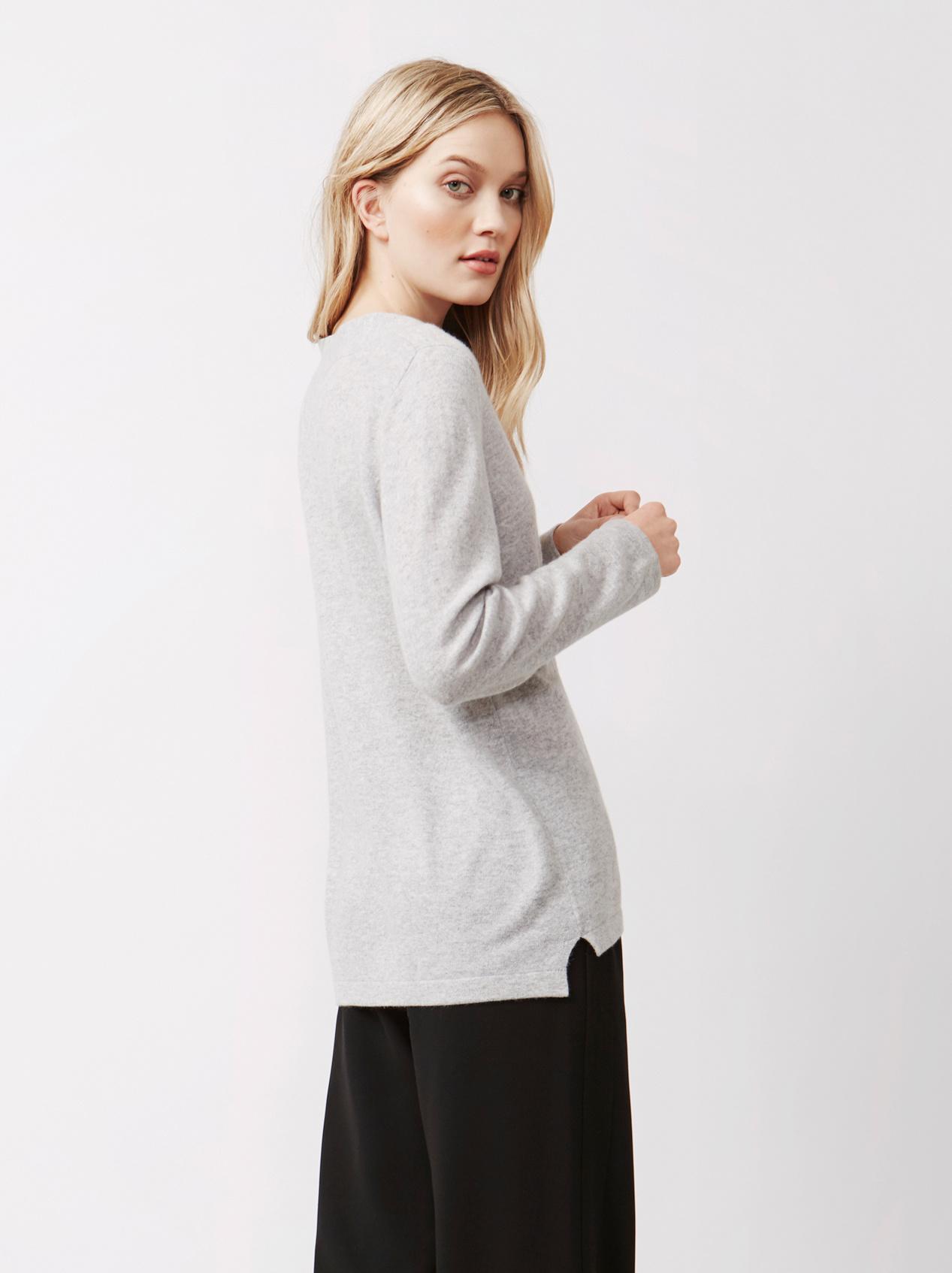 Soft Goat Women's Deep V-Neck Light Grey