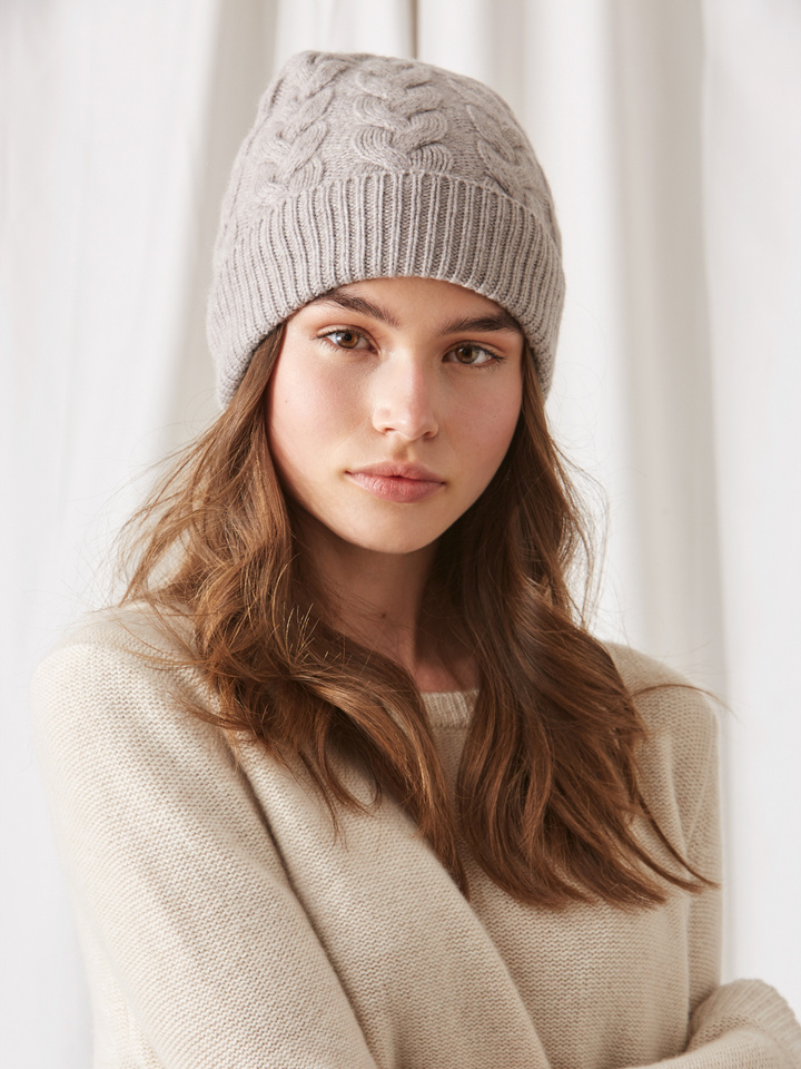 Soft Goat Cable Knit Beanie Light Taupe