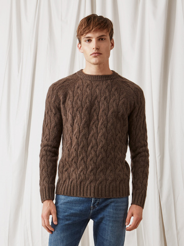 Product thumbnail of Men's Chunky Cable Knit