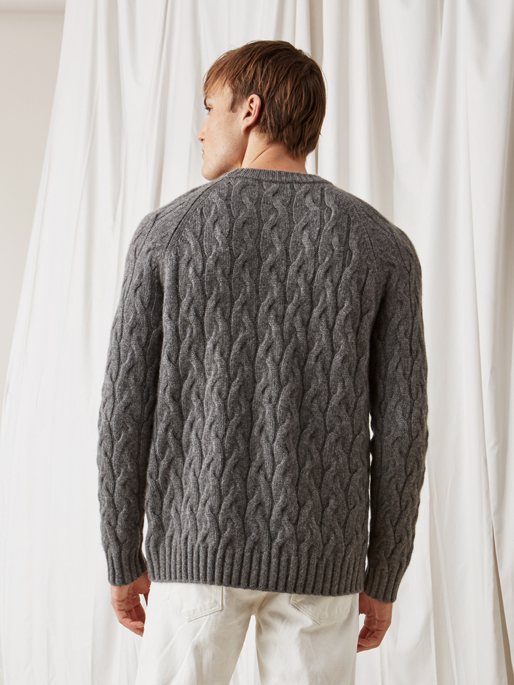 Soft Goat Men's Chunky Cable Knit Dark Grey
