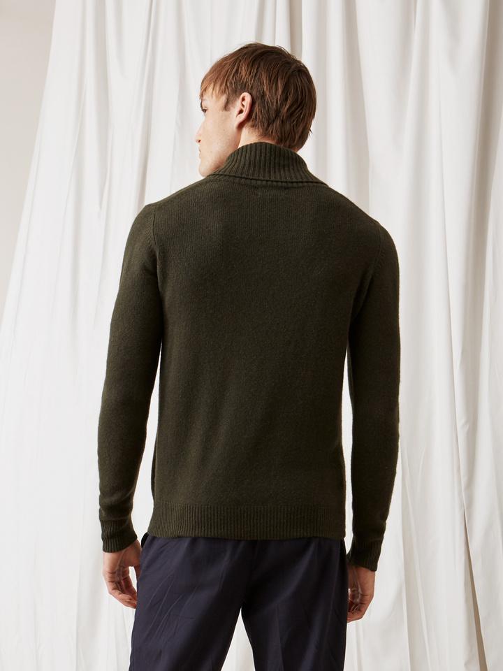Soft Goat Men's Chunky Collar Deep Green
