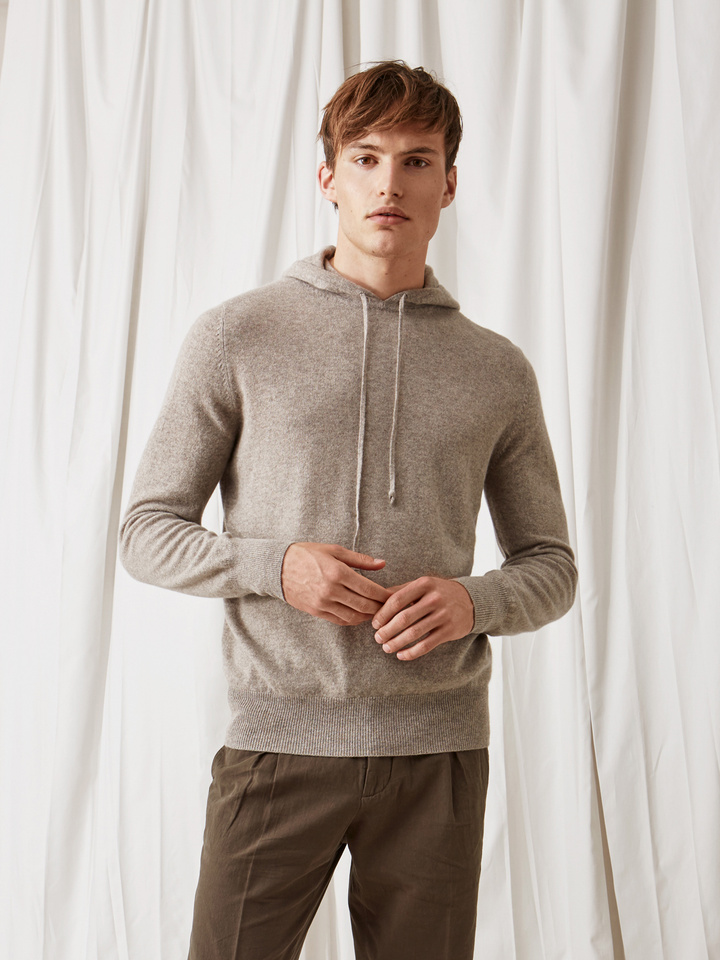 Soft Goat Men's Hoodie Without Zipper Light Taupe