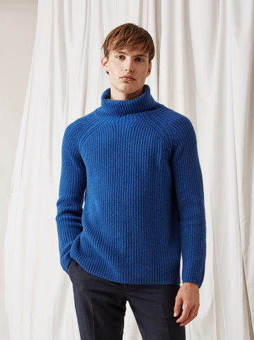 Product thumbnail of Men's Ribbed Turtle Neck