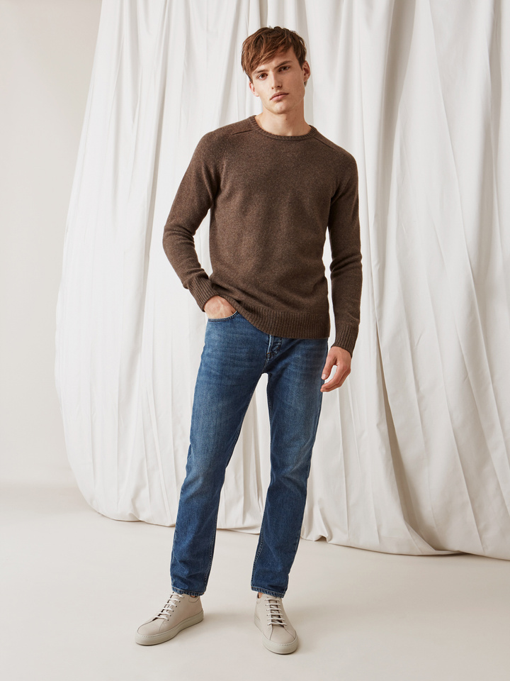 Soft Goat Men's Saddle Neck Mocca