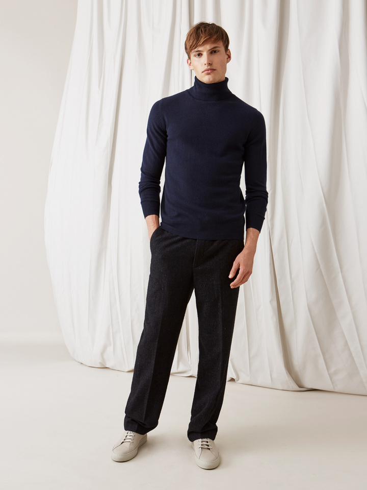Soft Goat Men's Turtle Neck Navy