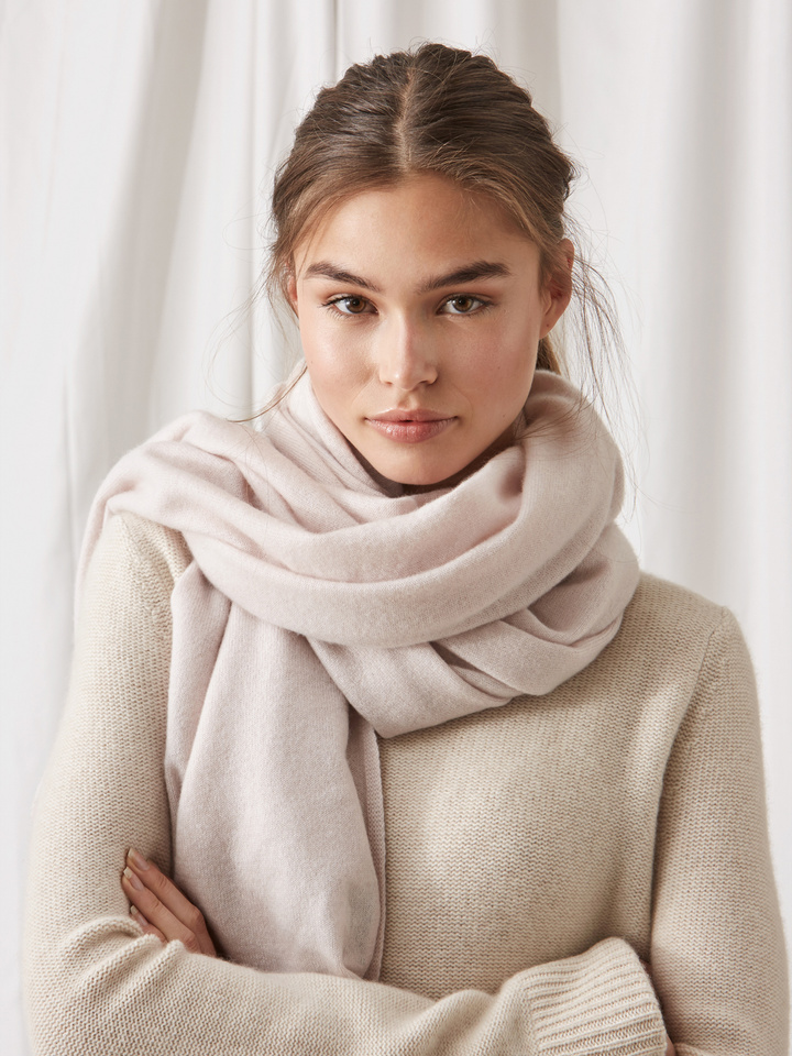 Soft Goat Plain Knitted Scarf Marshmallow