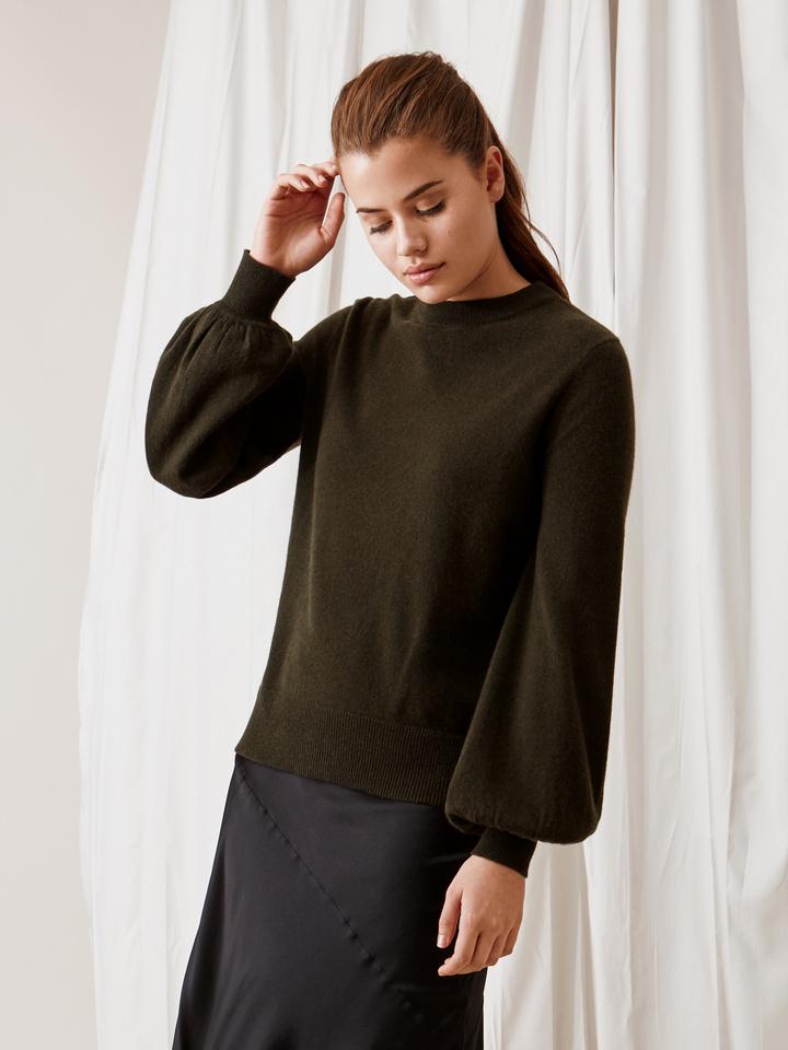 Soft Goat Balloon Arm Sweater Deep Green