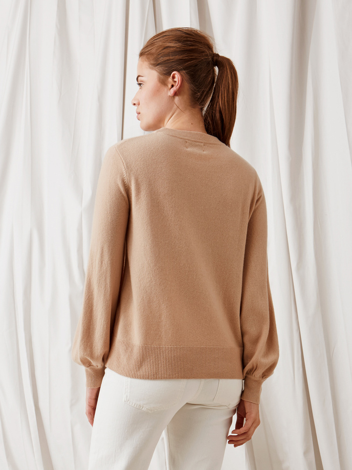 Soft Goat Balloon Arm Sweater Camel