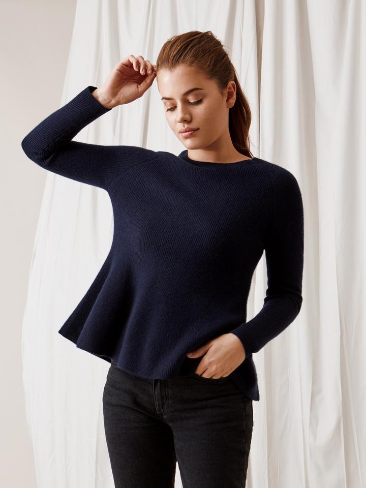 Soft Goat Bell Bottom Sweater Navy