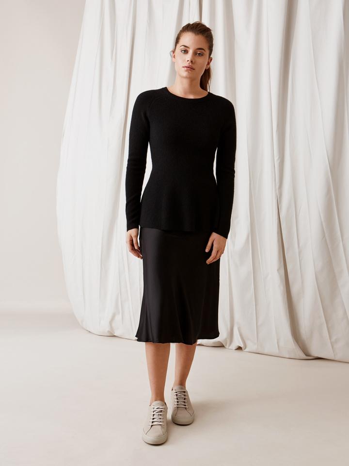 Soft Goat Bell Bottom Sweater Black