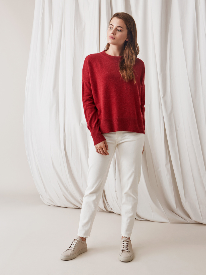 Soft Goat Boyfriend Sweater Pomegranate